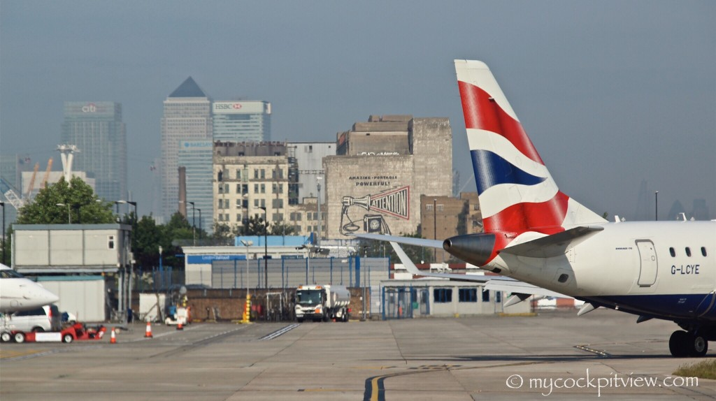 London City Airport. EGLC. LCY. Mycockpitview