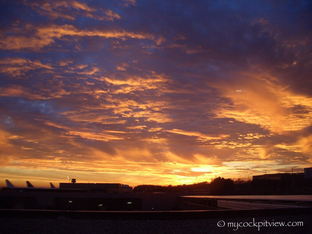 The sky is on fire at Luxembourg's airport. Lux. ELLX. Mycockpitview.
