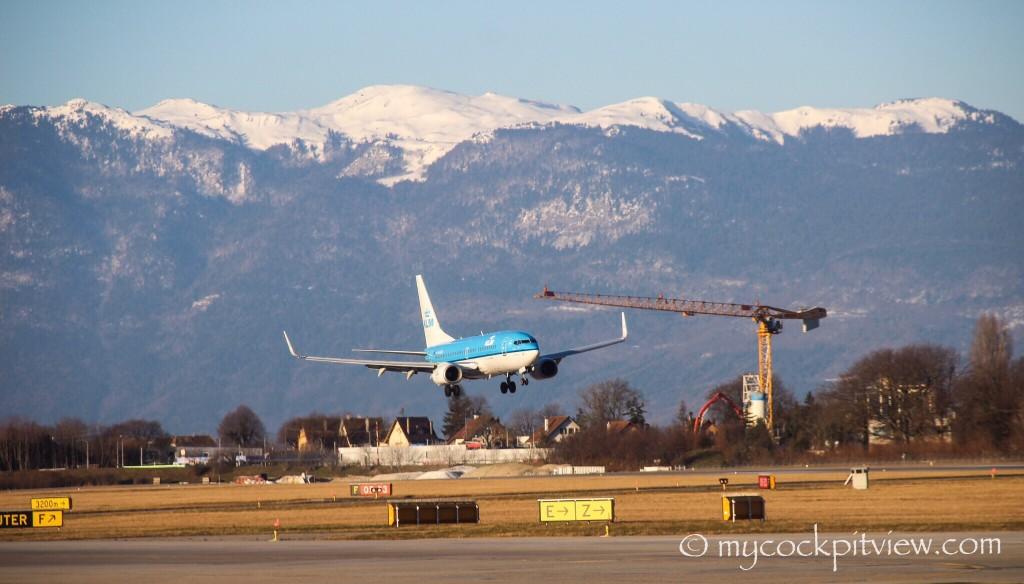 KLM Boeing 737 landing runway 05 in Geneva. Mycockpitview