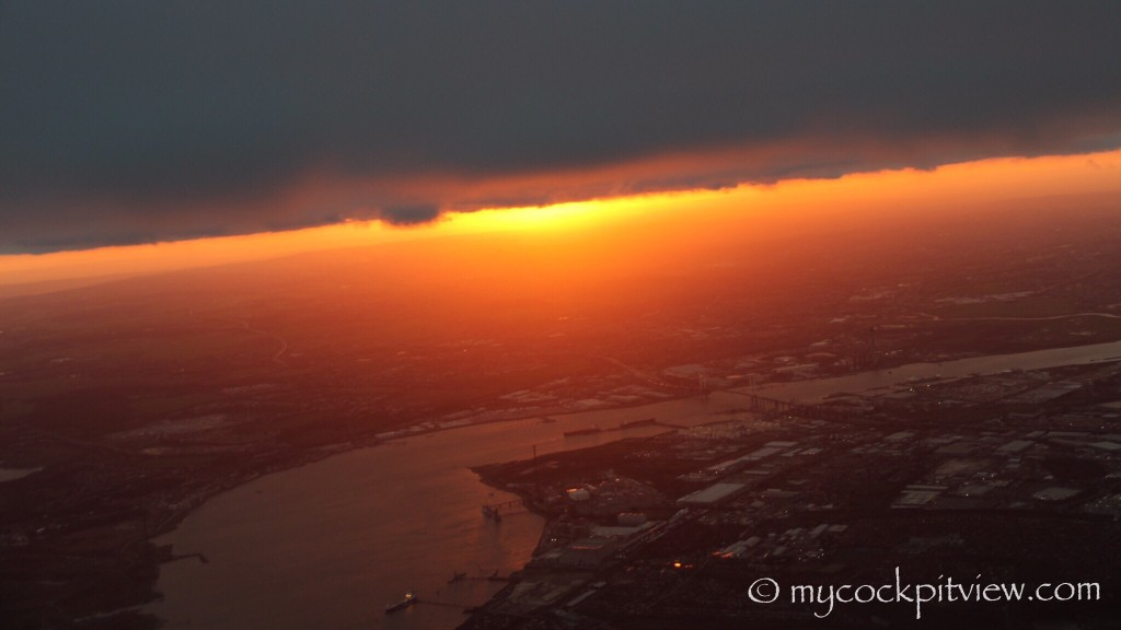 Thames river during a sunset approach into London City Airport. Mycockpitview