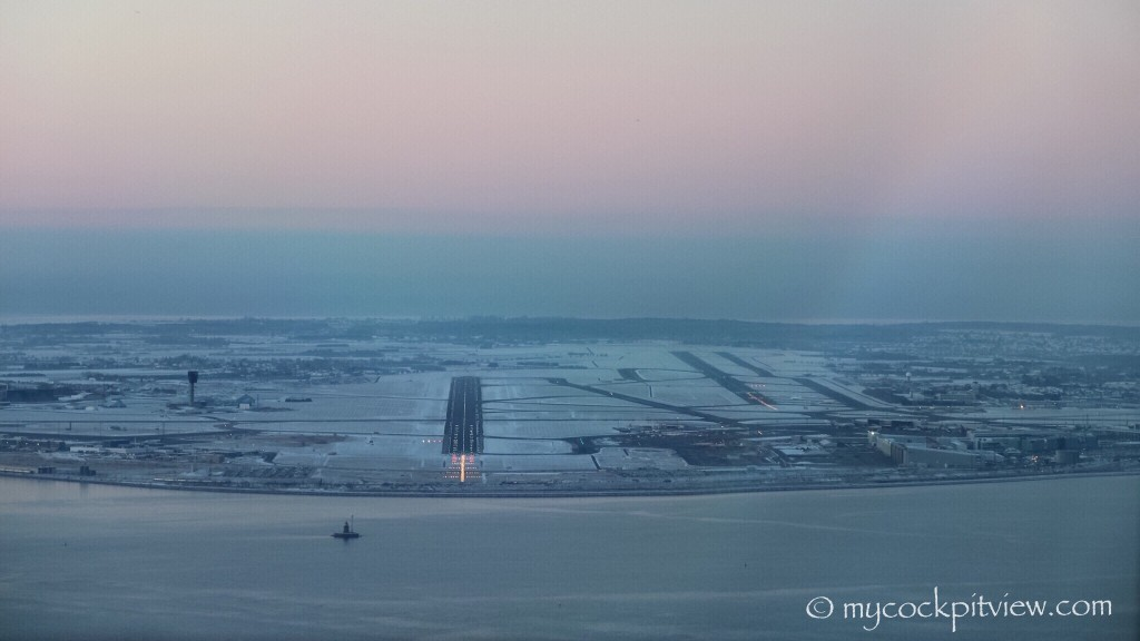 Final runway 22L in Copenhagen, early morning. Mycockpitview