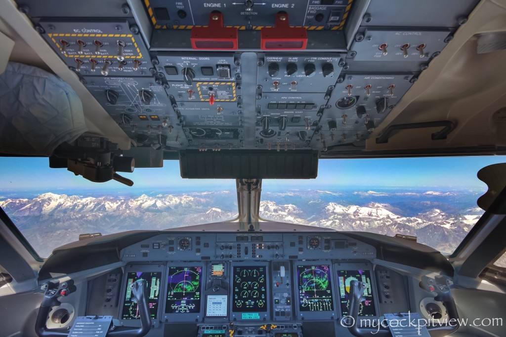 The magic of flying above the Alps. Mycockpitview