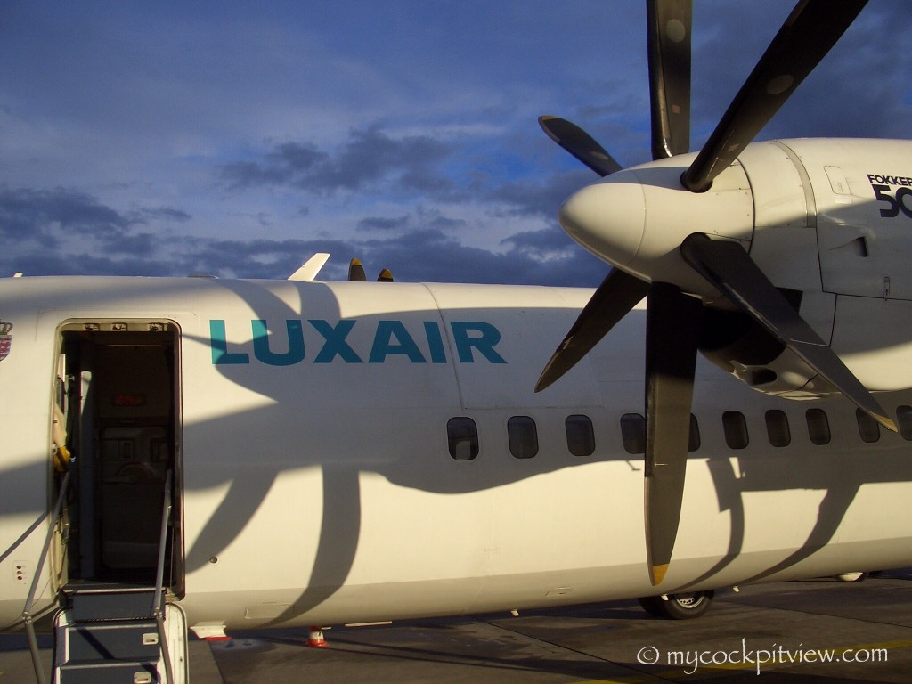 Sunset on Luxair Fokker 50. Mycockpitview