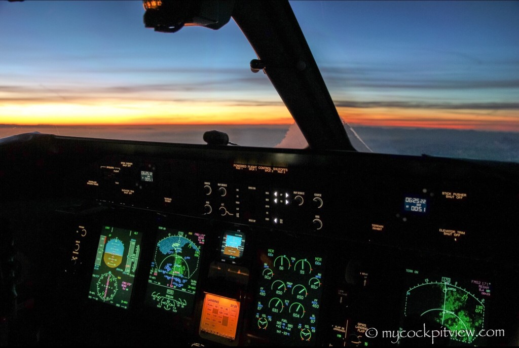 On the way to London, sunset from the flightdeck. Mycockpitview