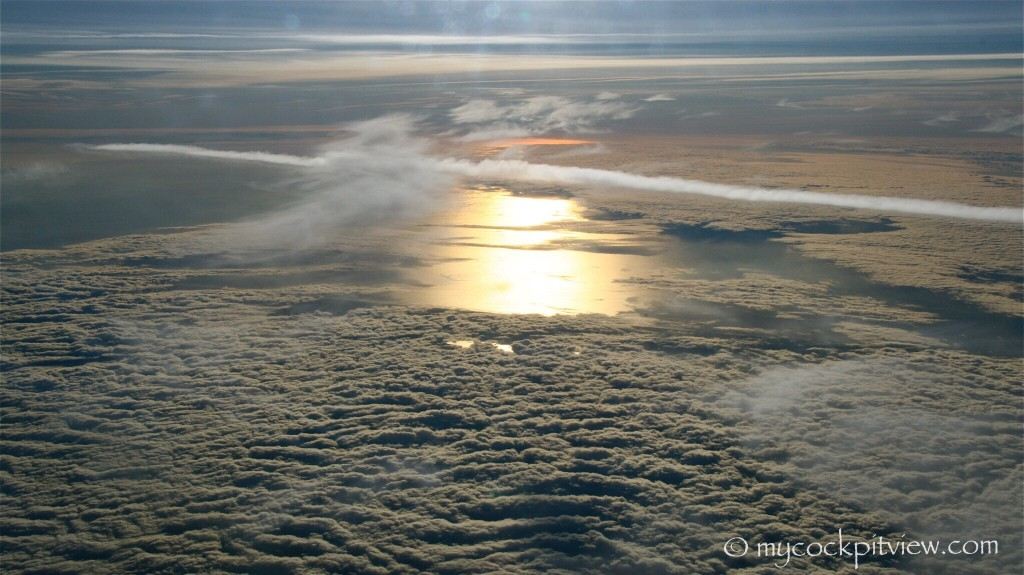 Sun reflecting in the water during our descent to Barcelona. Mycockpitview